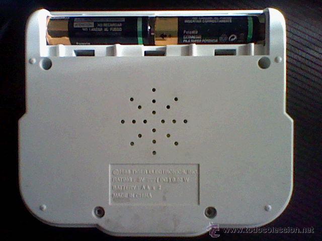 Videojuegos y Consolas: consola maquinita clasico Street Fighter II funcionando sin tapa pilas - Foto 3 - 211523759
