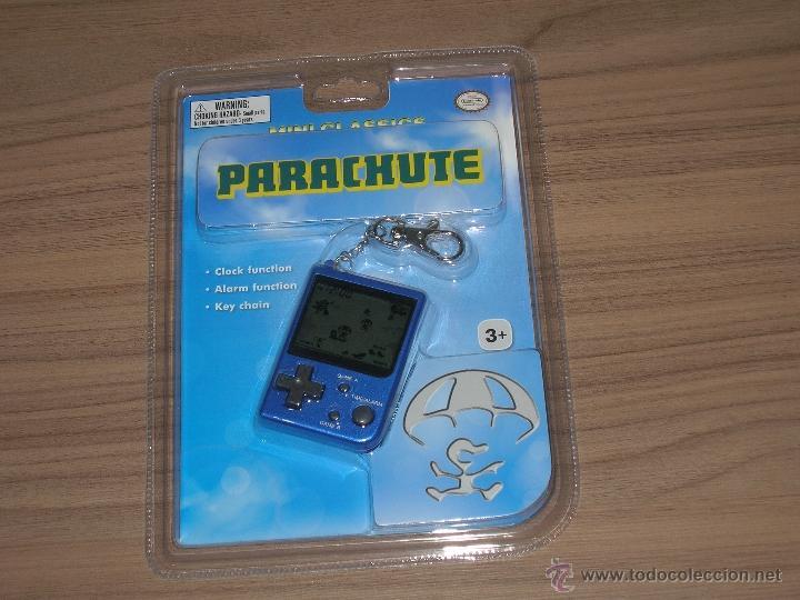 PARACHUTE GAME WATCH MINI CLASSICS NUEVA A ESTRENAR CON BLISTER CON PILAS INCLUIDAS (Juguetes - Videojuegos y Consolas - Otros descatalogados)