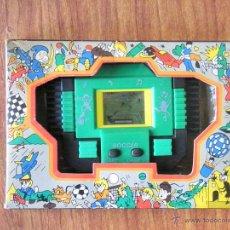 Videojuegos y Consolas: MAQUINITA CONSOLA HAND HELD GAMES SOCCER FUNCIONANDO. Lote 48712259