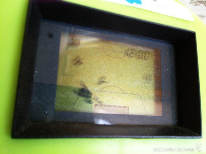 Videojuegos y Consolas: HANDHELD MAQUINITA TIPO GAME & WATCH UFO FUTBOL - Foto 2 - 51387292
