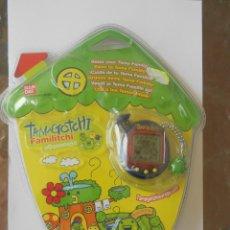 Videojuegos y Consolas: TAMAGOTCHI TAMAGOCHI FAMILITCHI NUEVO DESCATALOGADO BANDAI AZUL. Lote 72885311