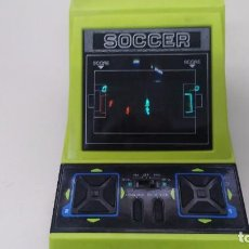 Videojuegos y Consolas: ANTIGUA CONSOLA GAME WATCH TABLETOP SOCCER ELECTRONIC GAME FUNCIONANDO. Lote 153779258