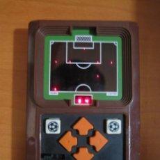 Videojuegos y Consolas: NO GAME WATCH MAQUINITA MATTEL 1978 SOCCER ELECTRONICS FUTBOL FUNCIONANDO VINTAGE RETRO. Lote 92890245