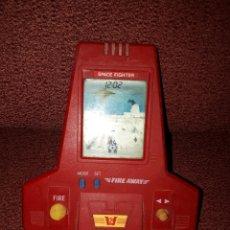 Videojuegos y Consolas: MAQUINA MAQUINITA LCD FUNCIONANDO. Lote 101216304
