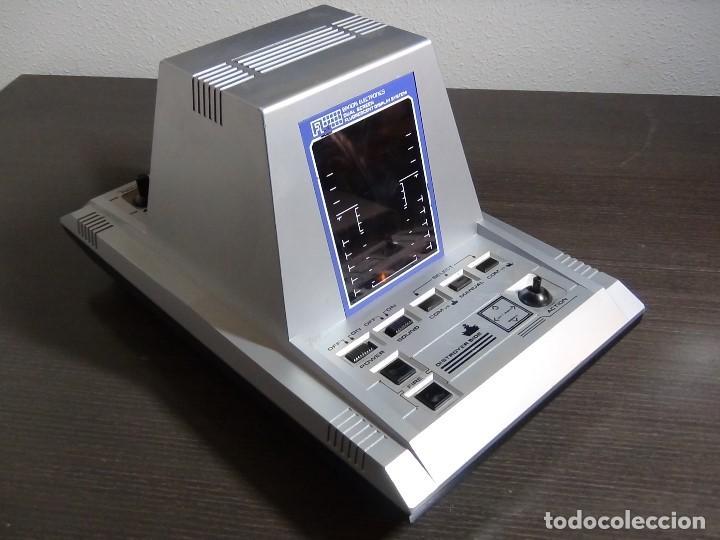 CONSOLA DE DIODOS - BANDAI ELECTRONIC FL U-BOAT - FUNCIONANDO - VER VIDEO (Juguetes - Videojuegos y Consolas - Otros descatalogados)