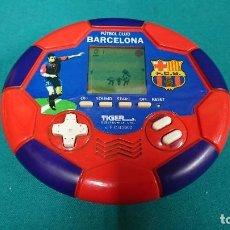 Videojuegos y Consolas: CONSOLA TIGER ELECTRONICS, F. C. BARCELONA 2000. Lote 103747527