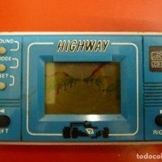 Videojuegos y Consolas: MAQUINA - MAQUINITA TIPO GAME & WATCH - HIGHWAY. Lote 107285263