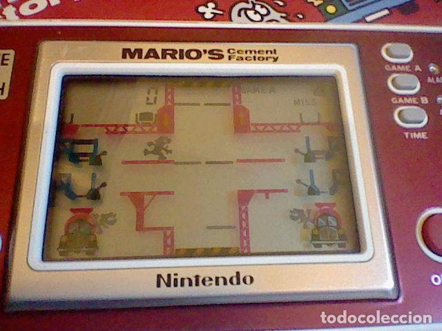 Videojuegos y Consolas: CONSOLA GAME & WATCH NINTENDO MARIO´S CEMENT FACTORY FUNCIONANDO M B E CAJA INSTRUCCIONES - Foto 2 - 111896579