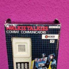 Videojuegos y Consolas: JUEGO DE WALKIE TALKIES COMBAT COMMUNICATORS AÑOS 80. Lote 113439566