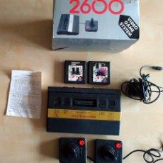 Videojuegos y Consolas: VIDEO GAME SYSTEM 2600 + 2 MANDOS + CARTUCHOS MULTIJUEGO + CABLEADO. Lote 115374715