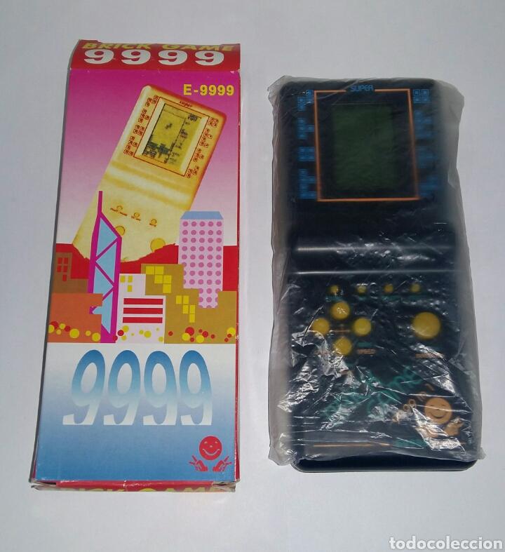 BRICK GAME 9999 IN 1. NUEVA EN CAJA. TETRIS, ARKANOID, CARRERAS DE COCHES.. VARIOS JUEGOS. FUNCIONA. (Juguetes - Videojuegos y Consolas - Otros descatalogados)