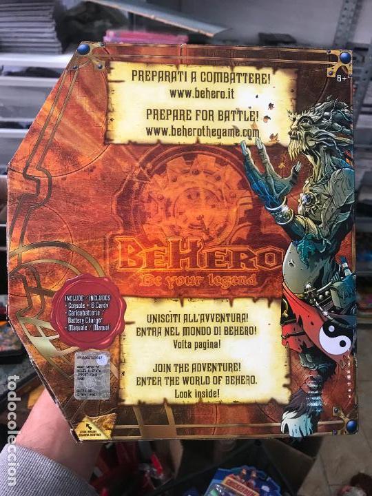 Videojuegos y Consolas: Curiosa consola BeHero - Be hero - con 6 cartas coleccionables - Tipo game boy pokemon - Nuevo - Foto 2 - 116776591
