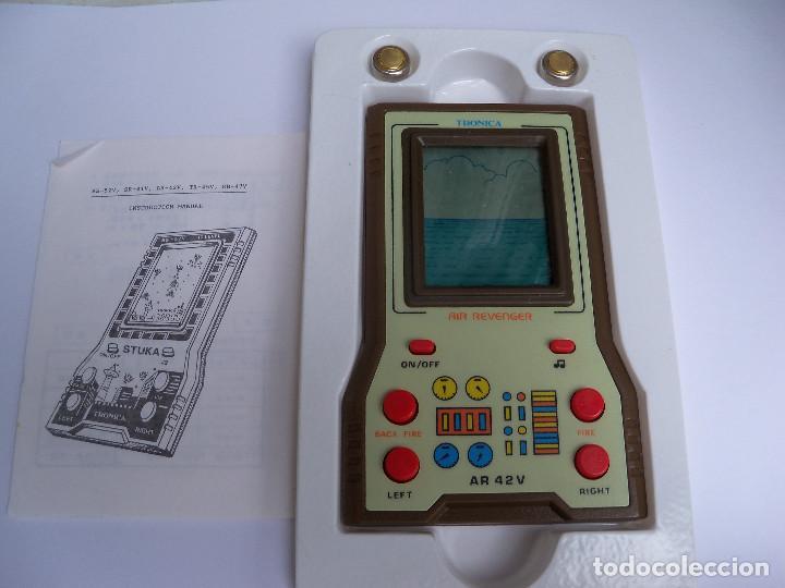 Videojuegos y Consolas: MAQUINITA ELECTRONICA JUEGO LCD GAMES AIR REVENGER DE TRONICA - Foto 3 - 122834639