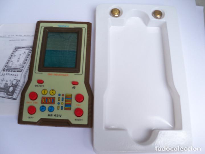Videojuegos y Consolas: MAQUINITA ELECTRONICA JUEGO LCD GAMES AIR REVENGER DE TRONICA - Foto 6 - 122834639