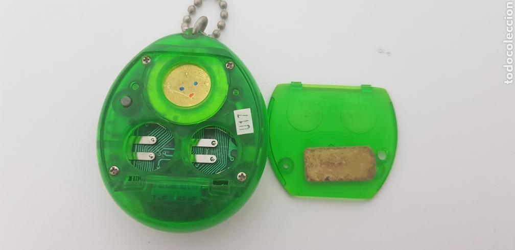 Videojuegos y Consolas: TAMAGOTCHI COLOR VERDE TRANSPARENTE, BLISTER ORIGINAL BANDAI, IMPORTADO DE JAPON 1997 - Foto 5 - 173582707