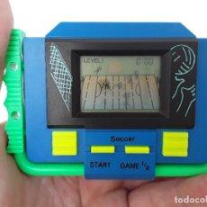 Videojuegos y Consolas: SOCCER - VINTAGE -PEQUEÑA CONSOLA DE MANO-AÑOS 80- VÍDEO JUEGO -FUTBOL AMERICANO-FUNCIONANDO. Lote 124631207
