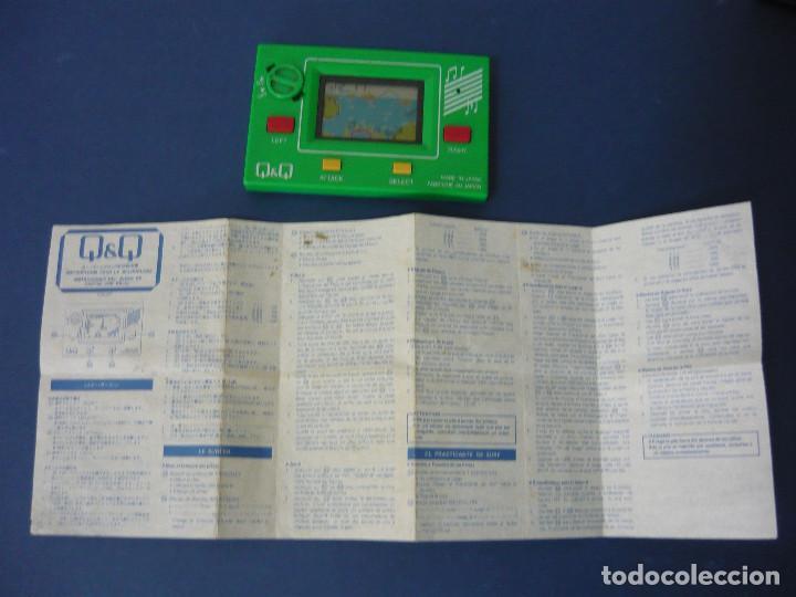 Videojuegos y Consolas: MAQUINITA Q&Q CARD GAME CLOCK MR.SURFING + INSTRUCCIONES ORIGINALES. FUNCIONA. RARA - Foto 2 - 130579510