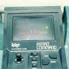Videojuegos y Consolas: TABLE TOP EPOCH ASTRO COMMAND MAQUINITA DE MARCIANITOS. Lote 133501079