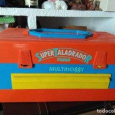 Videojuegos y Consolas: ANTIGUO MALETIN TRABAJO SUPER TALADRADOR FEBER MULTIHOBBY ANTIGUO AÑOS 80. Lote 180252448