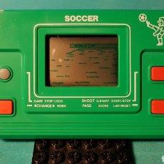 Videojuegos y Consolas: MAQUINITA NO GAME AND WATCH SOCCER FOOTBALL. Lote 140161254