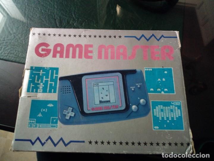 CONSOLA GAME MASTER + 1 JUEGO + CAJA + INSTRUCCIONES (Juguetes - Videojuegos y Consolas - Otros descatalogados)