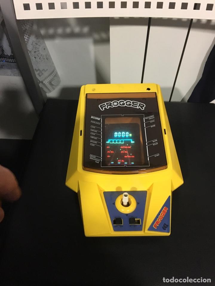 Videojuegos y Consolas: Lsi game cgl Frogger, rana, tipo game watch nintendo, bandai, Casio, tiger, Gakken, - Foto 2 - 165003577