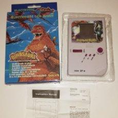 Videojuegos y Consolas: CONSOLA ELECTRONIC LCD GAME. DINOSAURES. NUEVA SIN ESTRENAR EN CAJA ORIGINAL . Lote 167933608