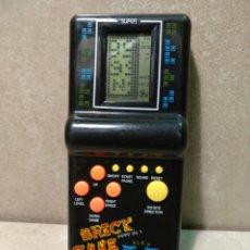 Videojuegos y Consolas: BRICK GAME FONCCIONA MUY RARO. Lote 172081447