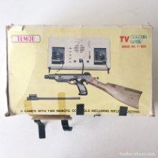 Videojuegos y Consolas: CONSOLA TEMCO - TV COLOUR GAME - 6 JUEGOS PISTOLA RIFLE - MODELO T-106C - MADE IN HONG KONG. Lote 174081207