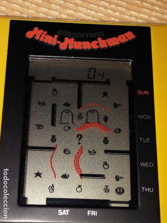 Videojuegos y Consolas: Maquinita tipo game watch lcd Munchman - Foto 5 - 175295867