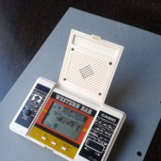 Videojuegos y Consolas: CASIO GAME&WATCH LCD WESTERN BAR CG-300 VERY GOOD CONDITION FULL WORKING!! R9360. Lote 177597364