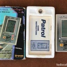 Videojuegos y Consolas: MAQUINITA LCD TIPO GAME & WATCH PATROL - BRONZA TOKYO. Lote 181617408