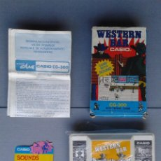 Videojuegos y Consolas: CASIO GAME&WATCH LCD WESTERN BAR CG-300 COMPLETE IN BOX AND MANUAL CIB RARE READ R9704. Lote 183479130