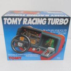 Videojuegos y Consolas: TOMY RACING TURBO, NUNCA SACADO DE LA CAJA, NUEVO A ESTRENAR, ANTIGUA JUGUETERIA. Lote 185278327