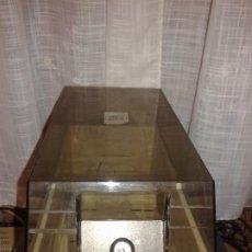 Videojuegos y Consolas: ANTIGUO FICHERO CON SEPARADORES DE DISCOS FLEXIBLES DE 5,25 PULGADAS. Lote 185992868