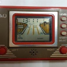 Videojuegos y Consolas: MAQUINITA GAME AND WATCH Q&Q MADE IN JAPAN AÑOS 80 COCHES FUNCIONA. Lote 191144382
