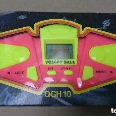 Videojuegos y Consolas: ANTIGUA MAQUINITA MINI VIDEOCONSOLA AÑOS 80 NO GAME & WATCH VOLLEY BALL QGH 10 SIN USO. Lote 191210110