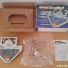Videojuegos y Consolas: VTECH GAME&WATCH LCD SPACE BLASTERS 1988 UNUSED COMPLETE IN BOX CIB READ R9954. Lote 194271426