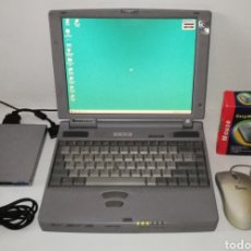 Videojuegos y Consolas: ORDENADOR PORTÁTIL ANTIGUO TOSHIBA TECRA 550CDT CON WINDOWS 98 ACCESORIOS EAST MOUSE PS/2 DISQUETERA. Lote 195032478