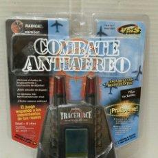 Videojuegos y Consolas: RADICA COMBATE ANTIAÉREO. NUEVO EN BLISTER.COMBAT.1998.POPULAR DE JUGUETES.MAQUINITA TIPO GAME WATCH. Lote 198222325