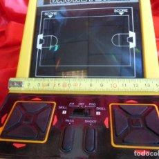 Videojuegos y Consolas: BASKETBALL MÁQUINA MINI-ARCADE VINTAGE JUEGO ELECTRÓNICO HANDHELD BIZAK LSI GAME - FUNCIONANDO. Lote 201649133