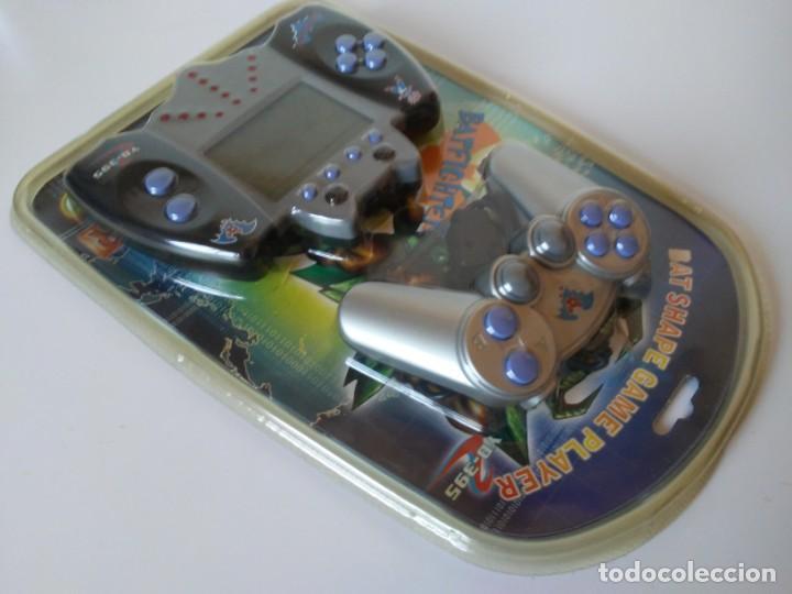 Videojuegos y Consolas: Bat Shape Game Player Maquinita con forma de murciélago no Batman En blister sin abrir - Foto 5 - 206324893