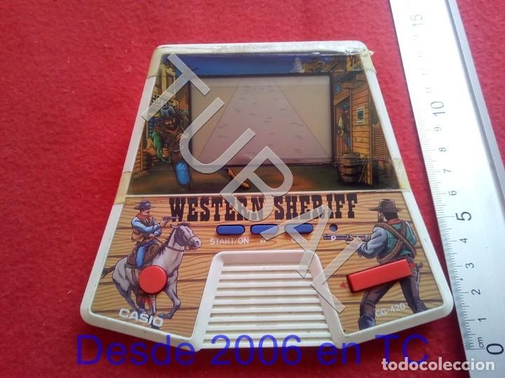 TUBAL CASIO WESTERN SHERIFF CONSOLA LCD FUNCIONANDO PERFECTO NO INCLUYE PILAS CJ4 (Juguetes - Videojuegos y Consolas - Otros descatalogados)