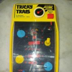 Videojuegos y Consolas: TOMY LCD - TRICKY TRAPS - CONSOLA. Lote 210345325