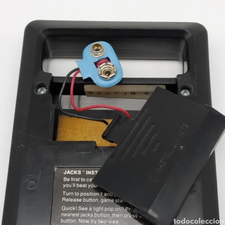Videojuegos y Consolas: Consola portátil, juego de habilidad FUNTRONICS JACKS de MATTEL año 1979 - Funciona Difícil Handheld - Foto 2 - 212298078