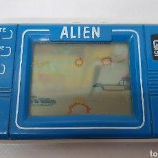 Videojuegos y Consolas: MINI ARCADE LCD GAME ALIEN MODEL 737. Lote 229392110