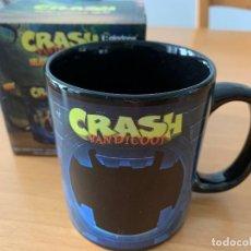 Videojuegos y Consolas: TAZA TÉRMICA CRASH BANDICOOT. NUEVA. Lote 238042370