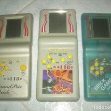 Videojuegos y Consolas: LOTE 3 BRICK GAME 118 Y 9999 IN 1. ANTIGUA CONSOLA MAQUINITA VIDEOJUEGO. FUNCIONAN. LEER Y VER FOTOS. Lote 239779890