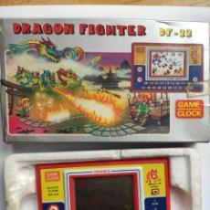 Jeux Vidéo et Consoles: 1983 TRONICA GAME DF-22 CALCULADORA DE JUEGO Y RELOJ USADA CON CAJA. Lote 241914825