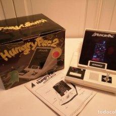 Videojuegos y Consolas: CONSOLA HUNGRY PAC 2 (VINTAGE, 1981), CON CAJA E INSTRUCCIONES.. Lote 244744930